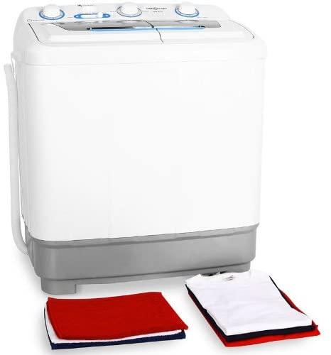 Le OneConcept DB004 est une mini machine à laver que nous recommandons avec une capacité relativement grande et un système à deux compartiment (donc fonction essorage).